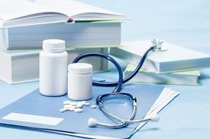 doctor-accessories-and-medications